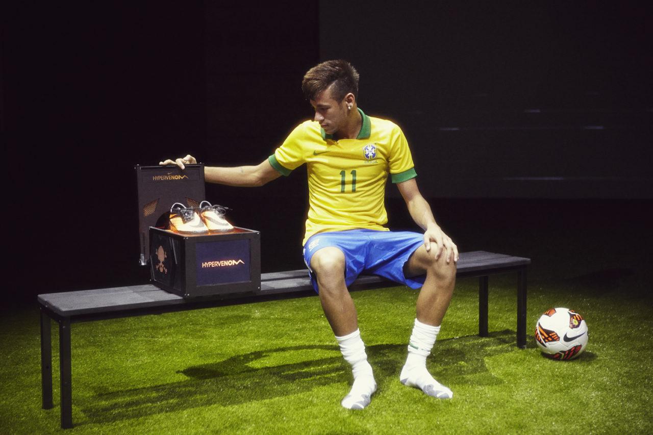 Crampon Neymar 2020 Chaussures de Foot Neymar Mercurial